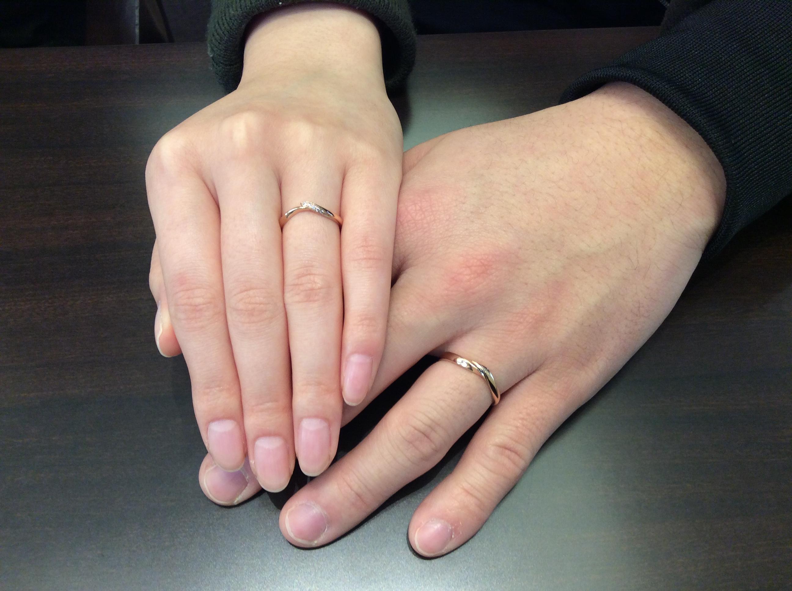 俄 初桜の結婚指輪をゴールドアレンジ