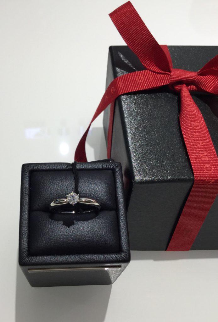 ラザールダイヤモンドのご婚約指輪とご結婚指輪(新潟市/上野眞志様&本間美海子様)