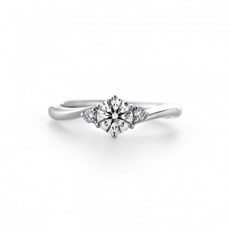 新潟で探す、さりげないメレダイヤモンドがアクセントになる婚約指輪