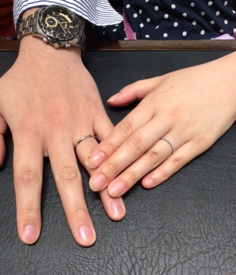 『ロイヤル・アッシャー・ダイヤモンド』のご結婚指輪