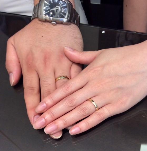 イエローゴールドの結婚指輪 ルシエ『アクア』