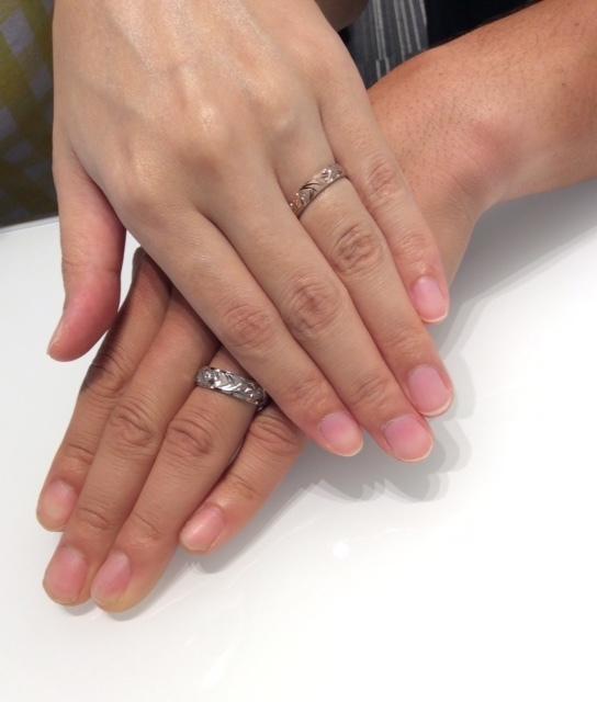 """俄(にわか) の結婚指輪 """"花匠の彫"""""""