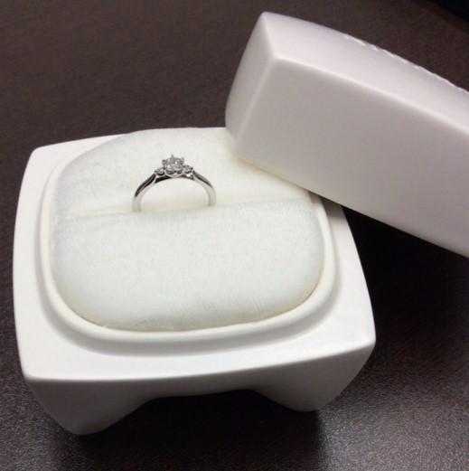 俄のご婚約指輪 『白鈴』✨