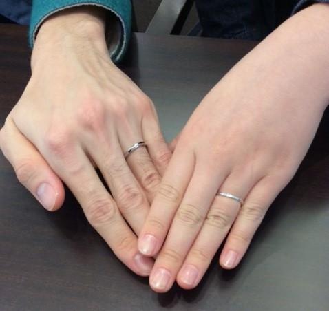 俄(にわか)の『せせらぎ』ご結婚指輪  (新発田市/I様&H様)