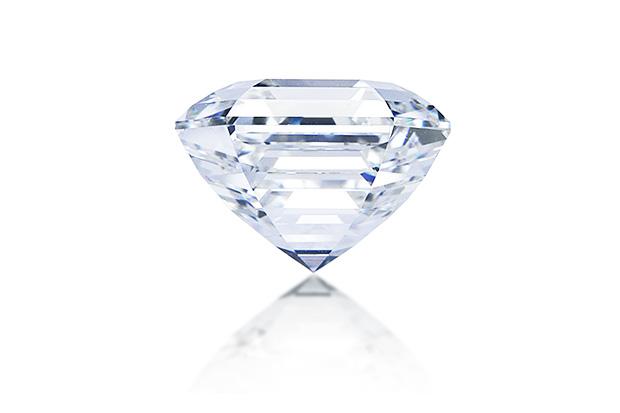 ロイヤルアッシャー カット ダイヤモンド画像