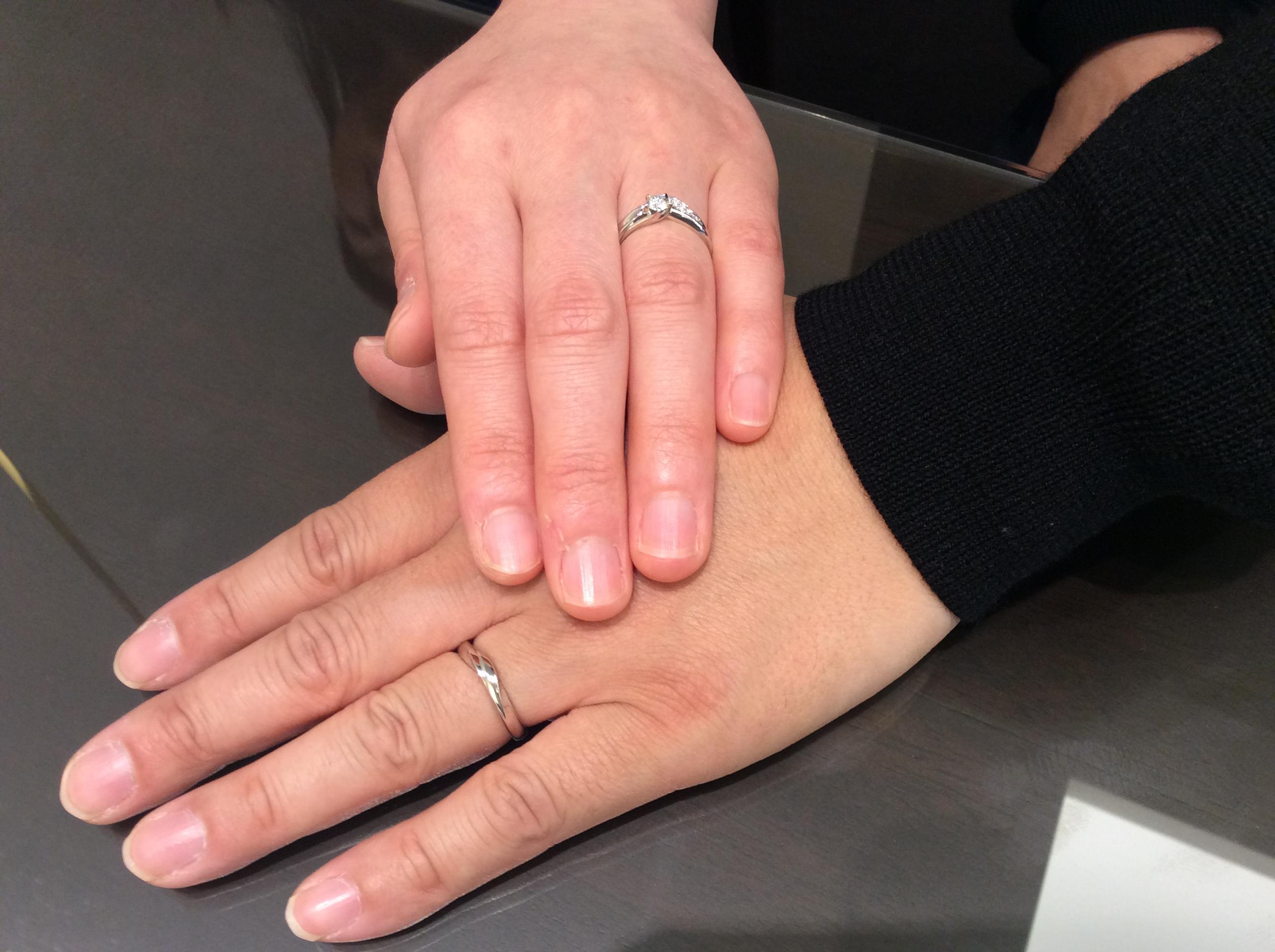 上越・南魚沼ご出身 K・Aカップル様 婚約指輪と結婚指輪は俄(にわか)初桜(ういざくら)のプラチナリング ホワイトダイヤアレンジご成約