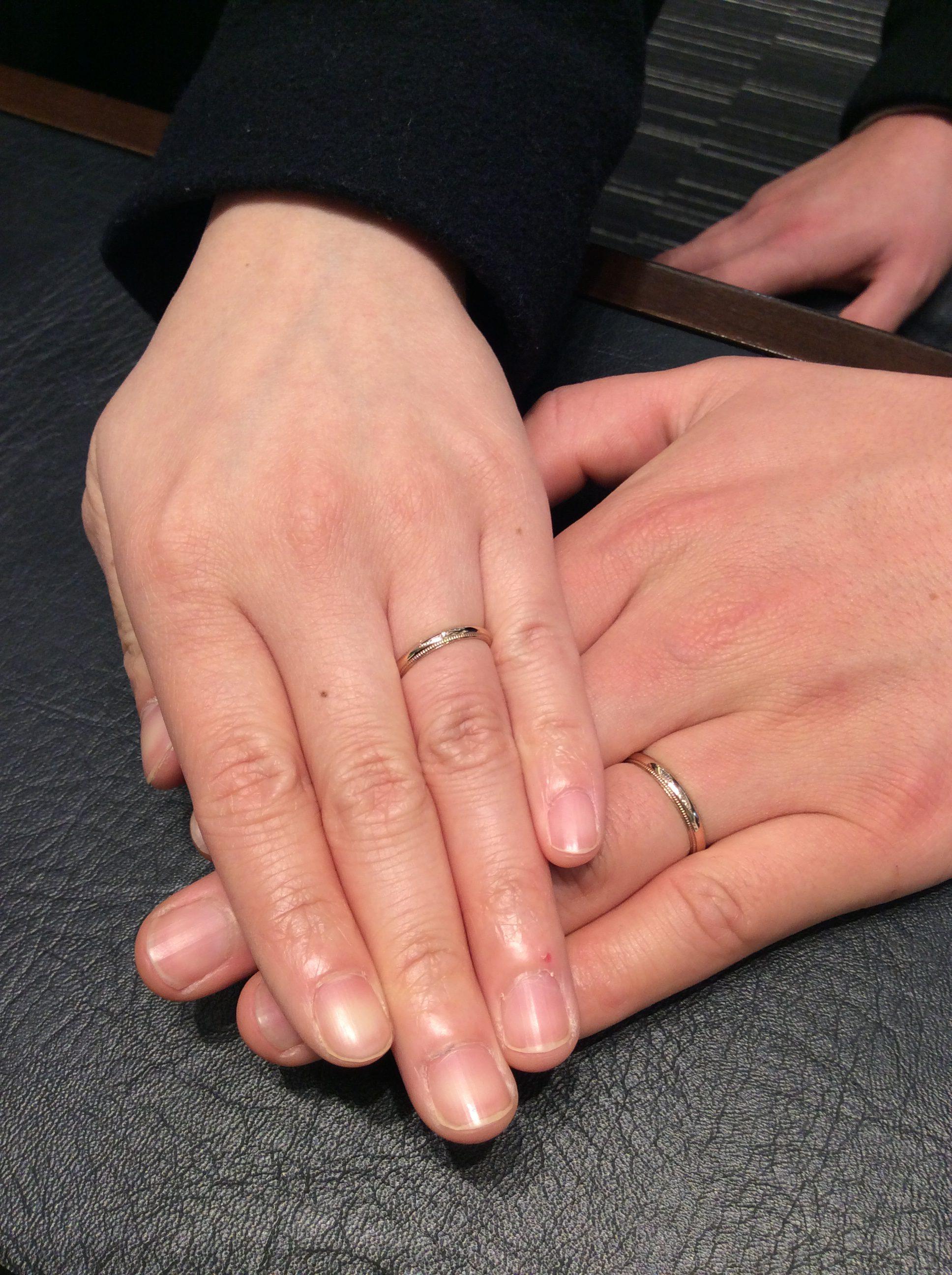 結婚指輪 俄(にわか) の『ことほぎ』ミル打ちタイプをピンクゴールドでアレンジ(新潟市/M様ご夫婦)