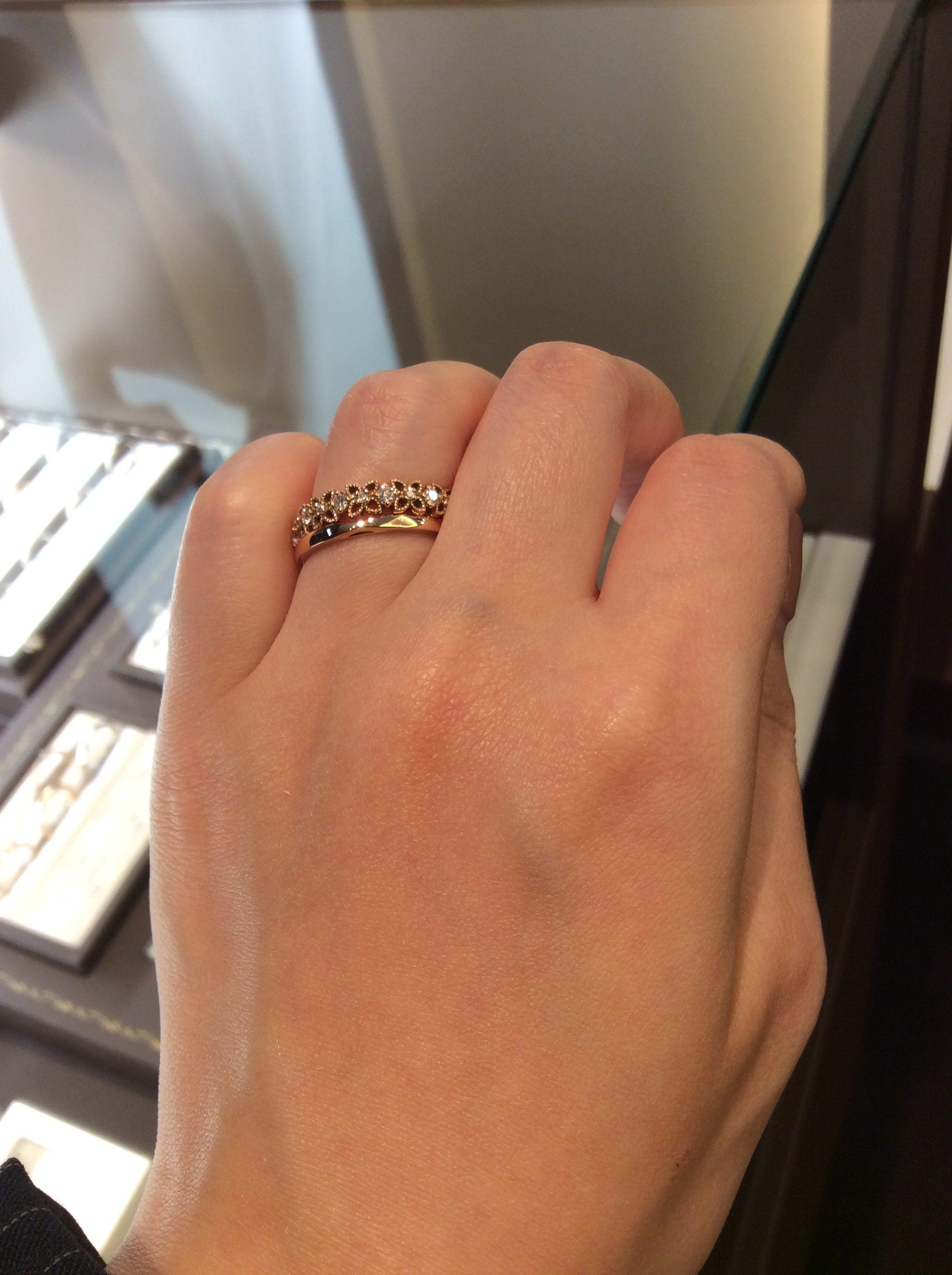 ゴールドが大人可愛い😍ルシエの結婚指輪