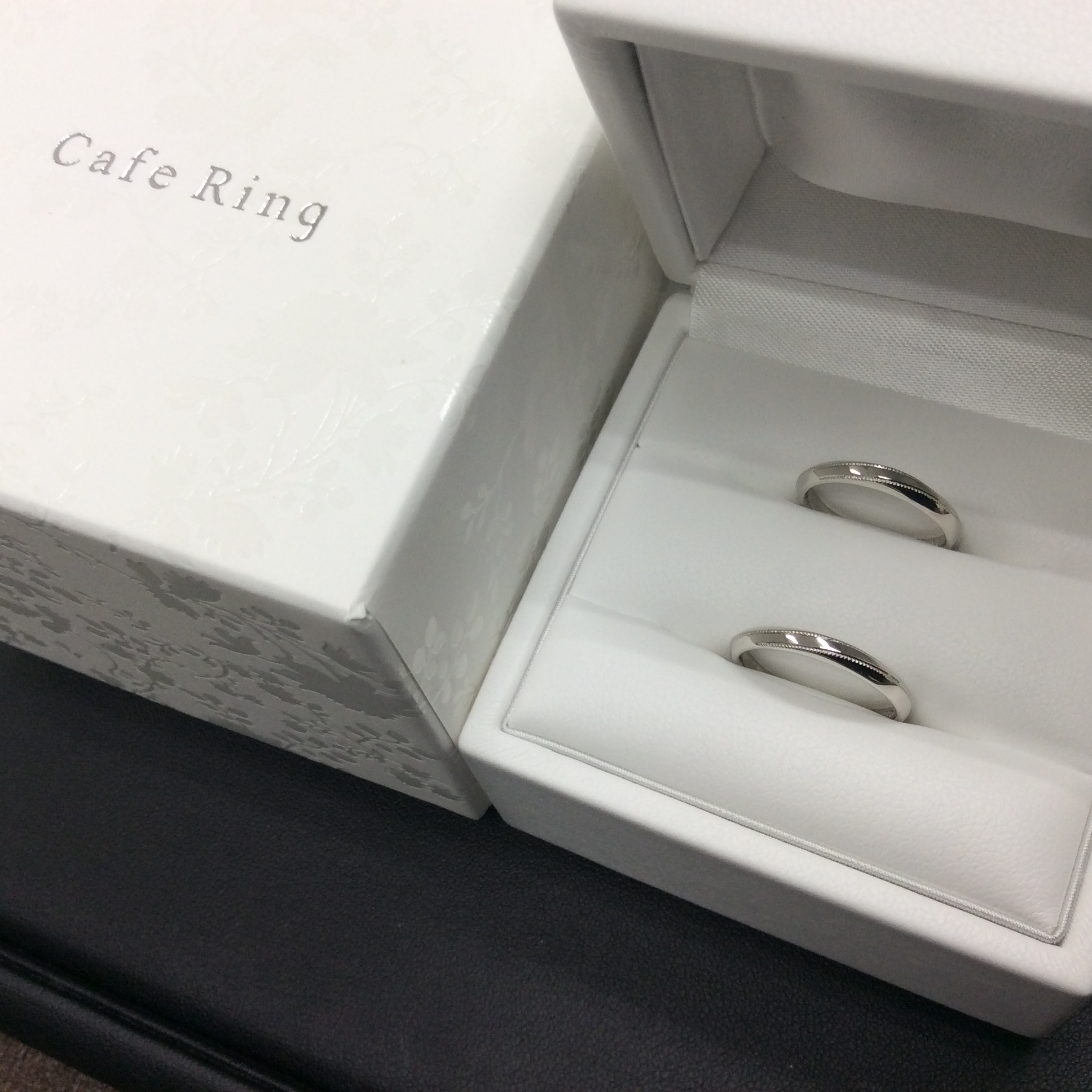 CafeRing-カフェリング-の結婚指輪「テ・オ・レ」(新潟市中央区/N様ご夫婦様)