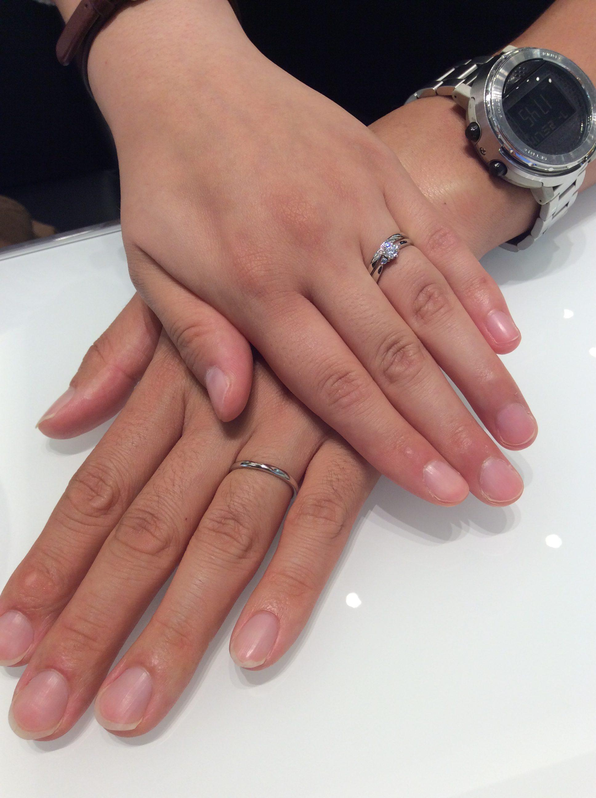 アイスブルーダイヤモンド💎アレンジの婚約指輪「ラフィネ」(長岡市/H様ご夫婦様)