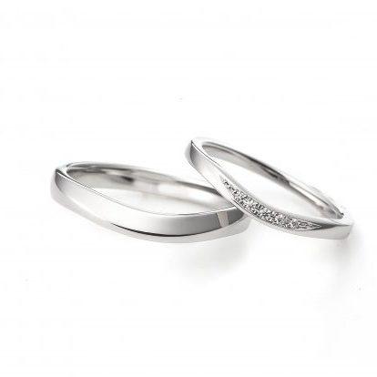 ラザールダイヤモンド ペルセウス 結婚指輪