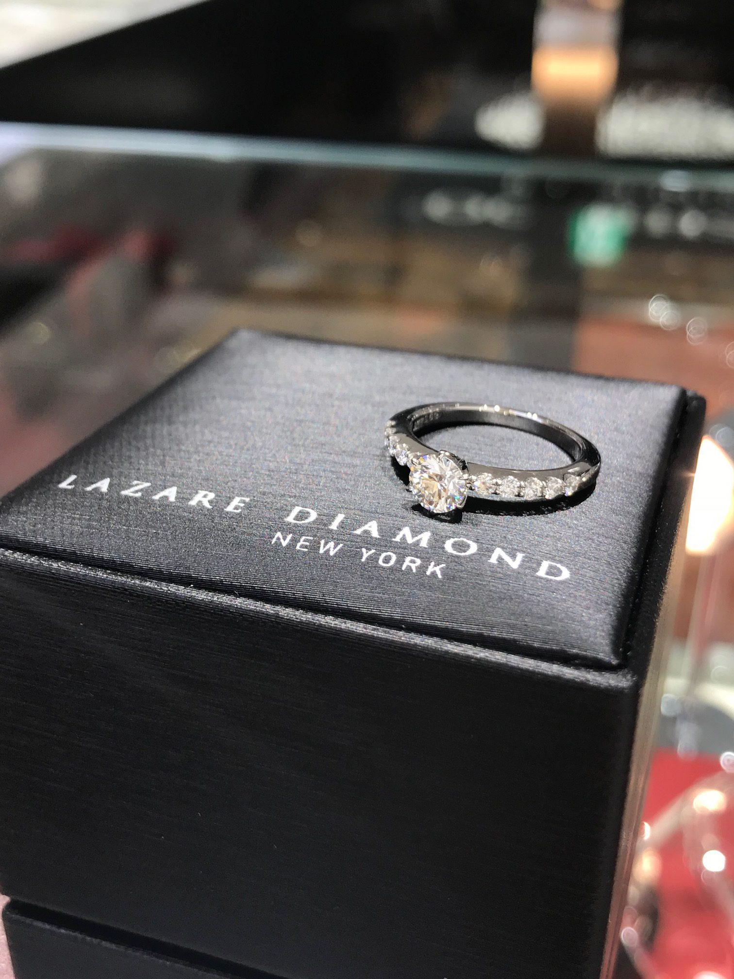 💎ラザールダイヤモンド💎新登場の婚約指輪