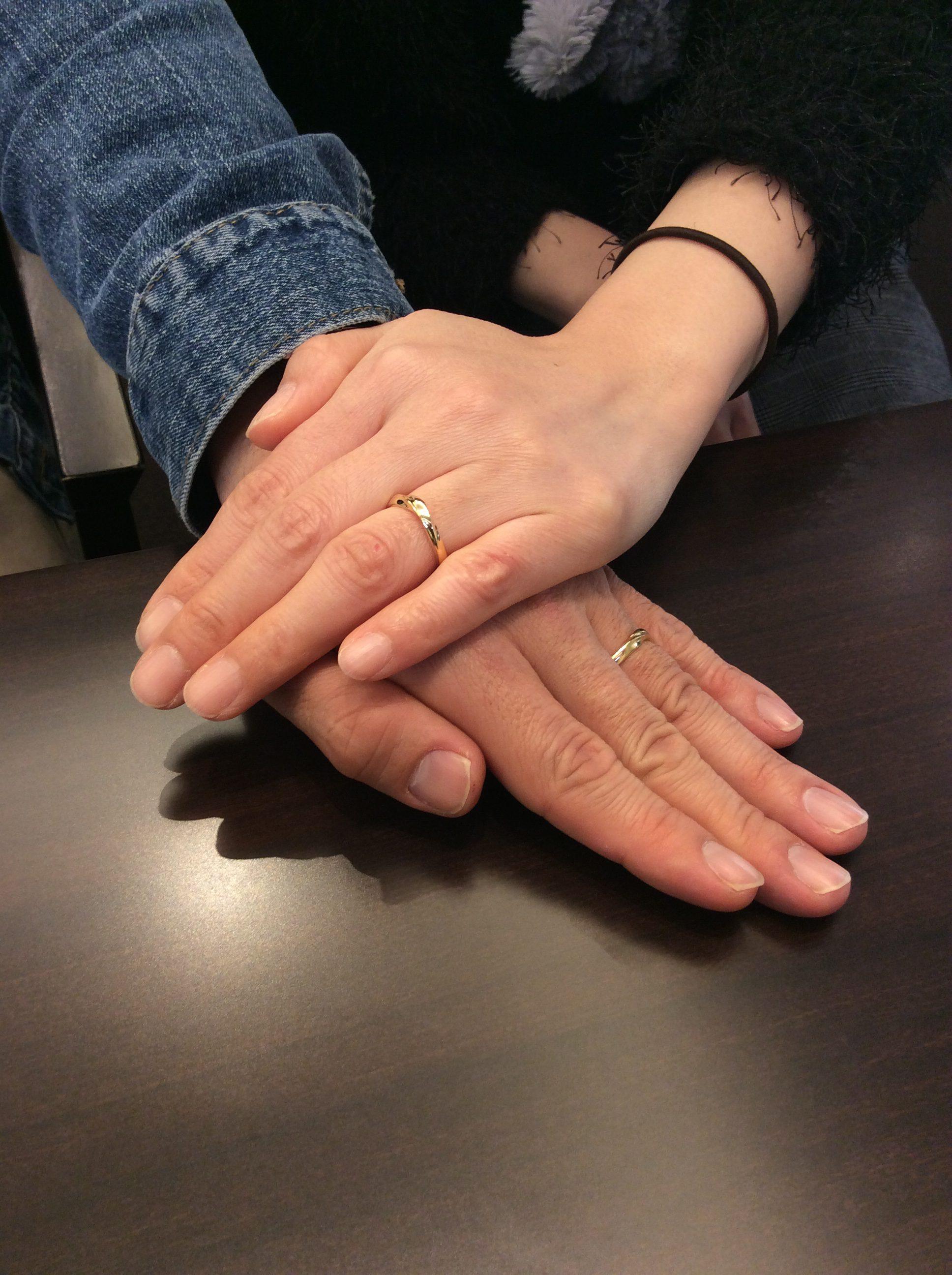俄(にわか)の結婚指輪「初桜」をイエローゴールドで💛(新潟市/T様ご夫婦)