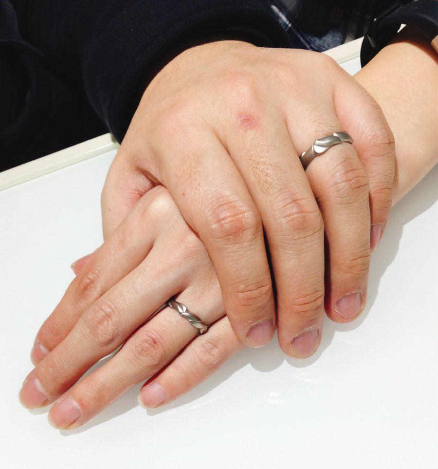 俄(にわか)の結婚指輪「梟」をマット加工でオーダー🎶(新潟市/K様ご夫婦)