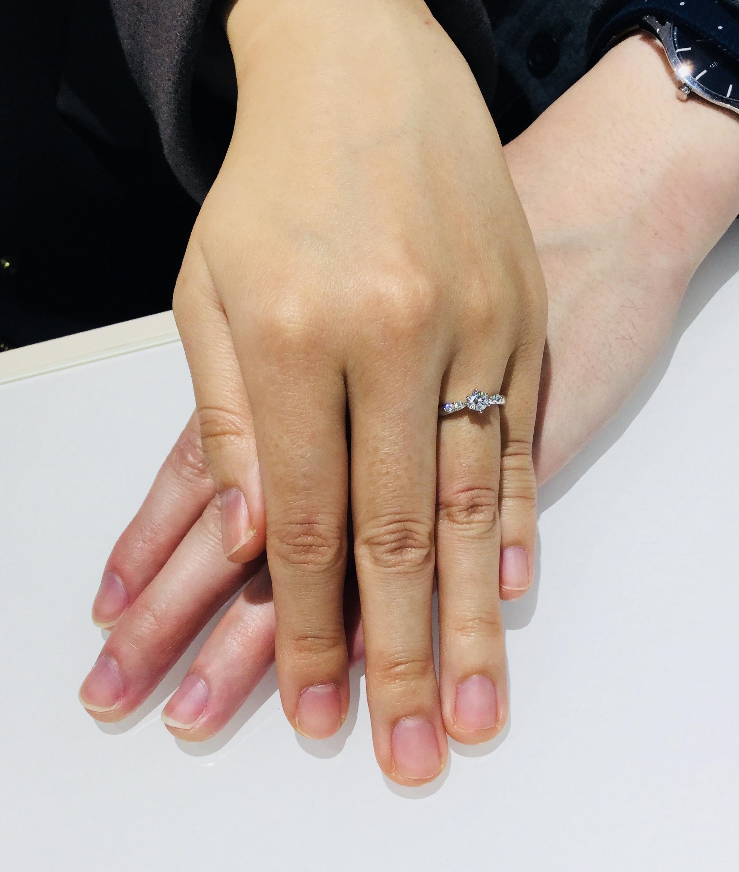 ラザールダイヤモンドの美しい婚約指輪💍(新潟市/T様・S様)