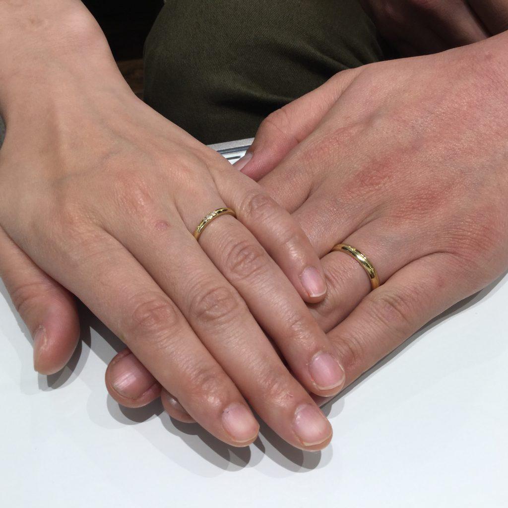 ディズニー「美女と野獣」の薔薇のとげモチーフのご結婚指輪(燕市D様&M様)