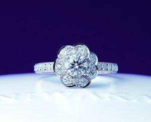 俄(にわか)婚約指輪 花麗(はなうらら)画像