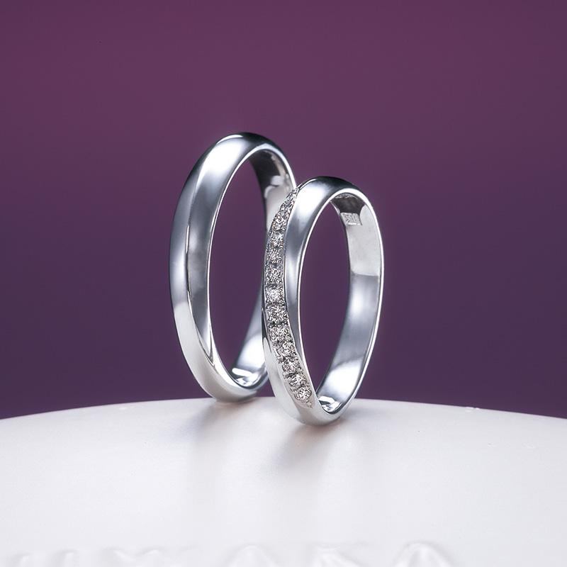 俄(にわか)結婚指輪 綺羅(きら)