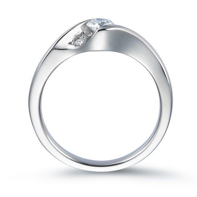ロイヤルアッシャー 婚約指輪 ERA687