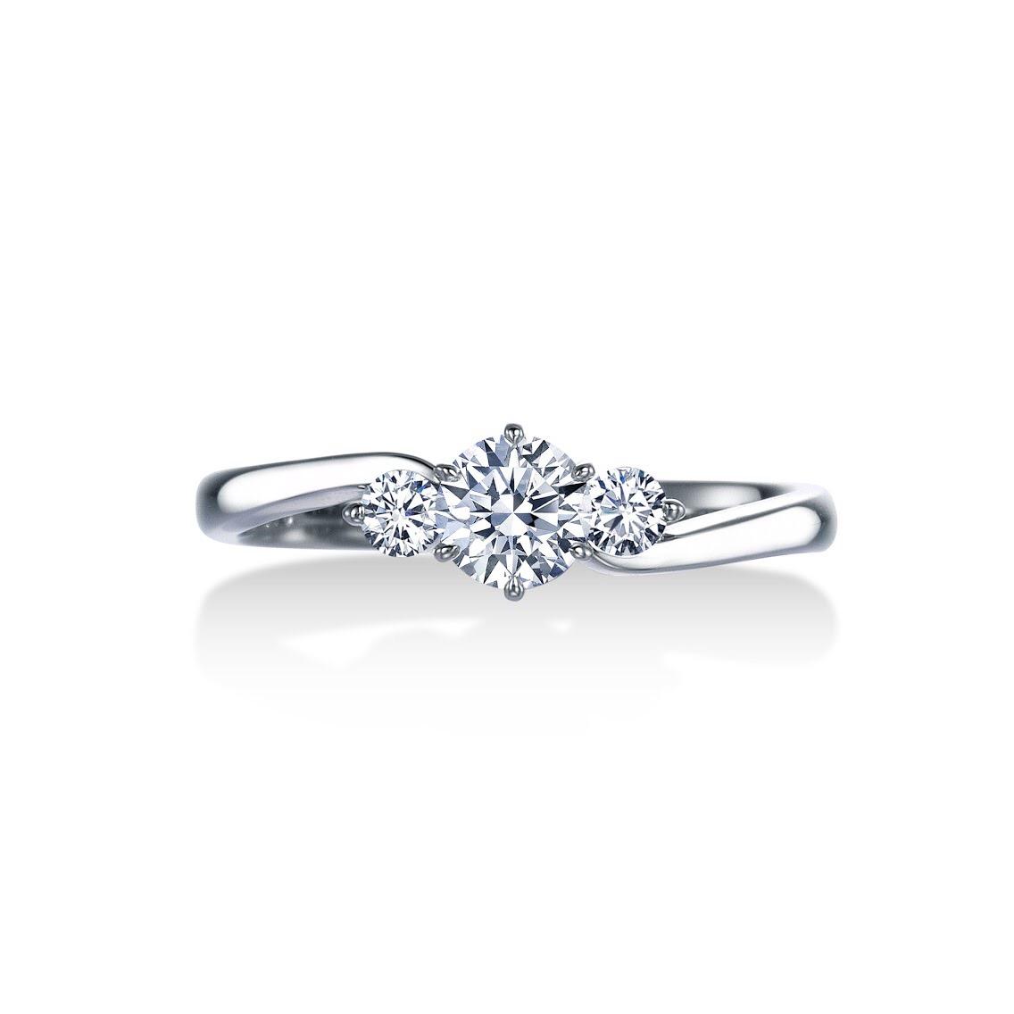 ロイヤルアッシャー 婚約指輪