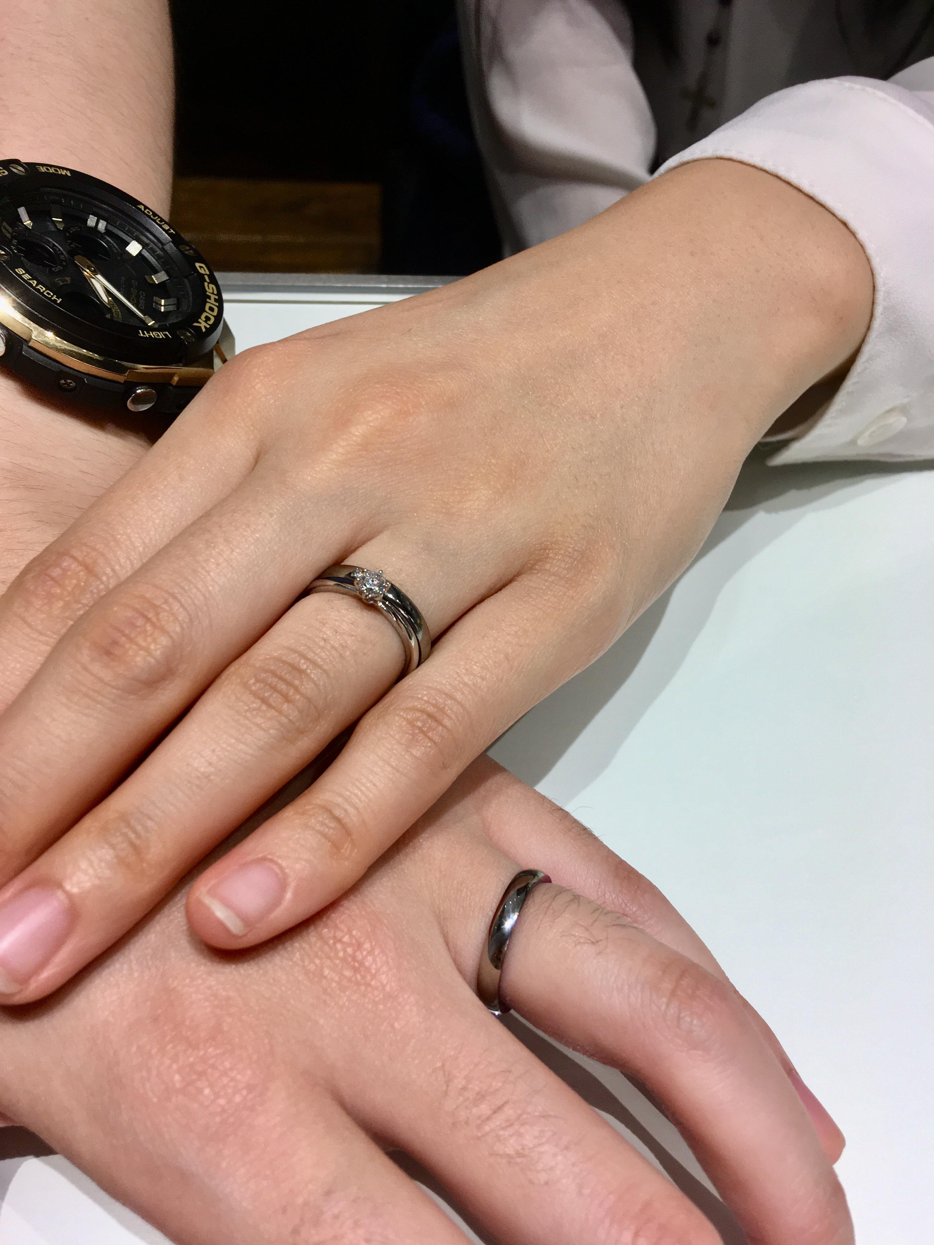 俄の婚約指輪とSORA(ソラ)の結婚指輪のセットリング/新潟市N様・Y様