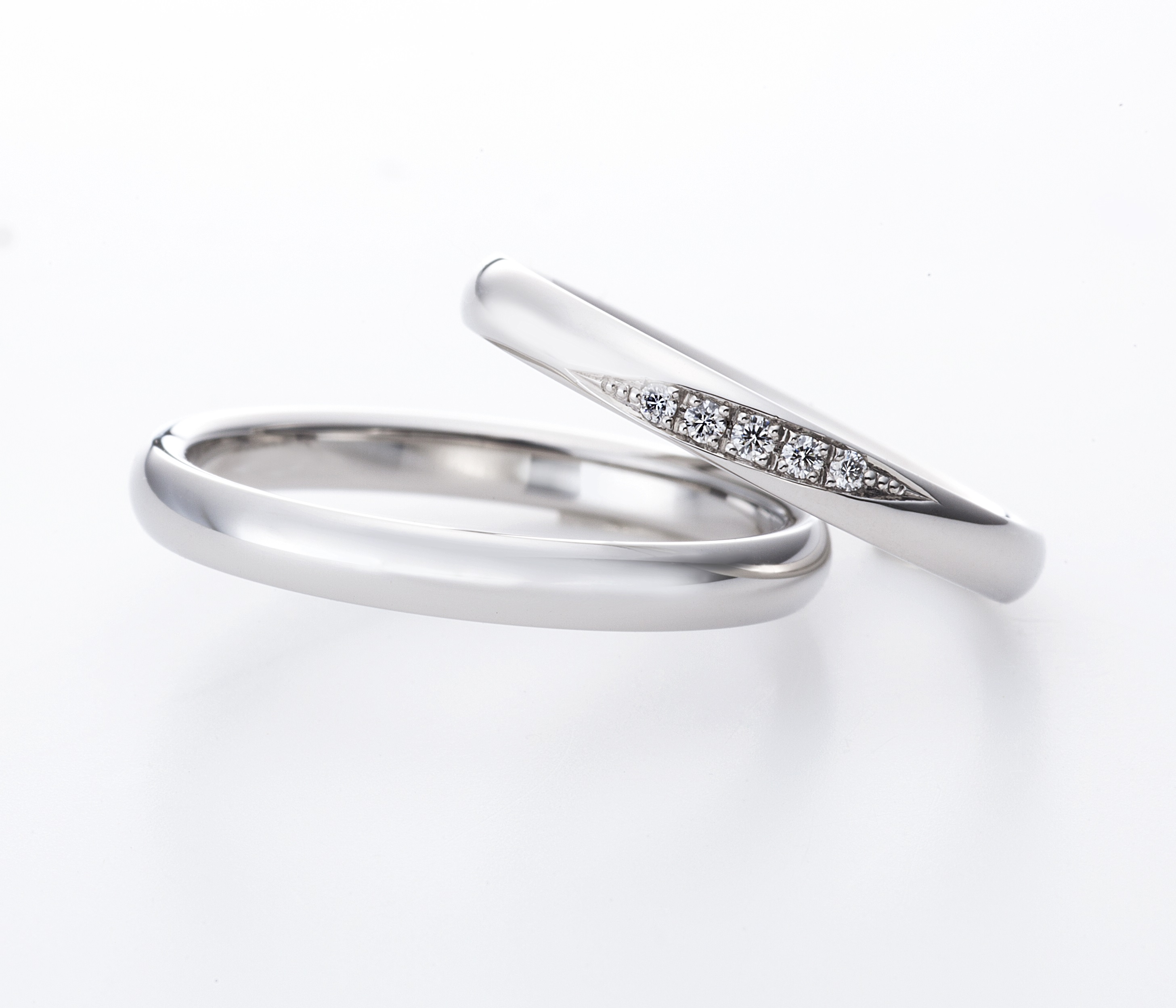 ラザールダイヤモンドのシンプルな結婚指輪 メテオ
