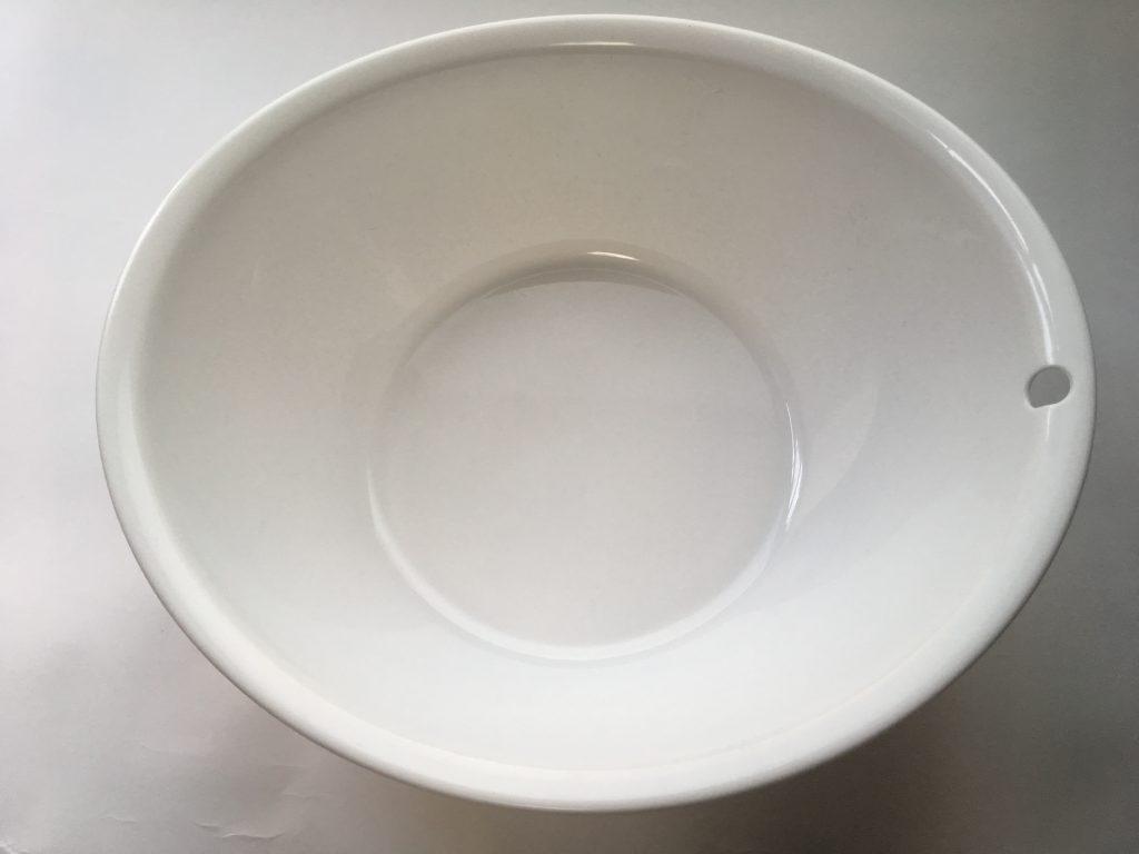 指輪クリーニング用の洗面器