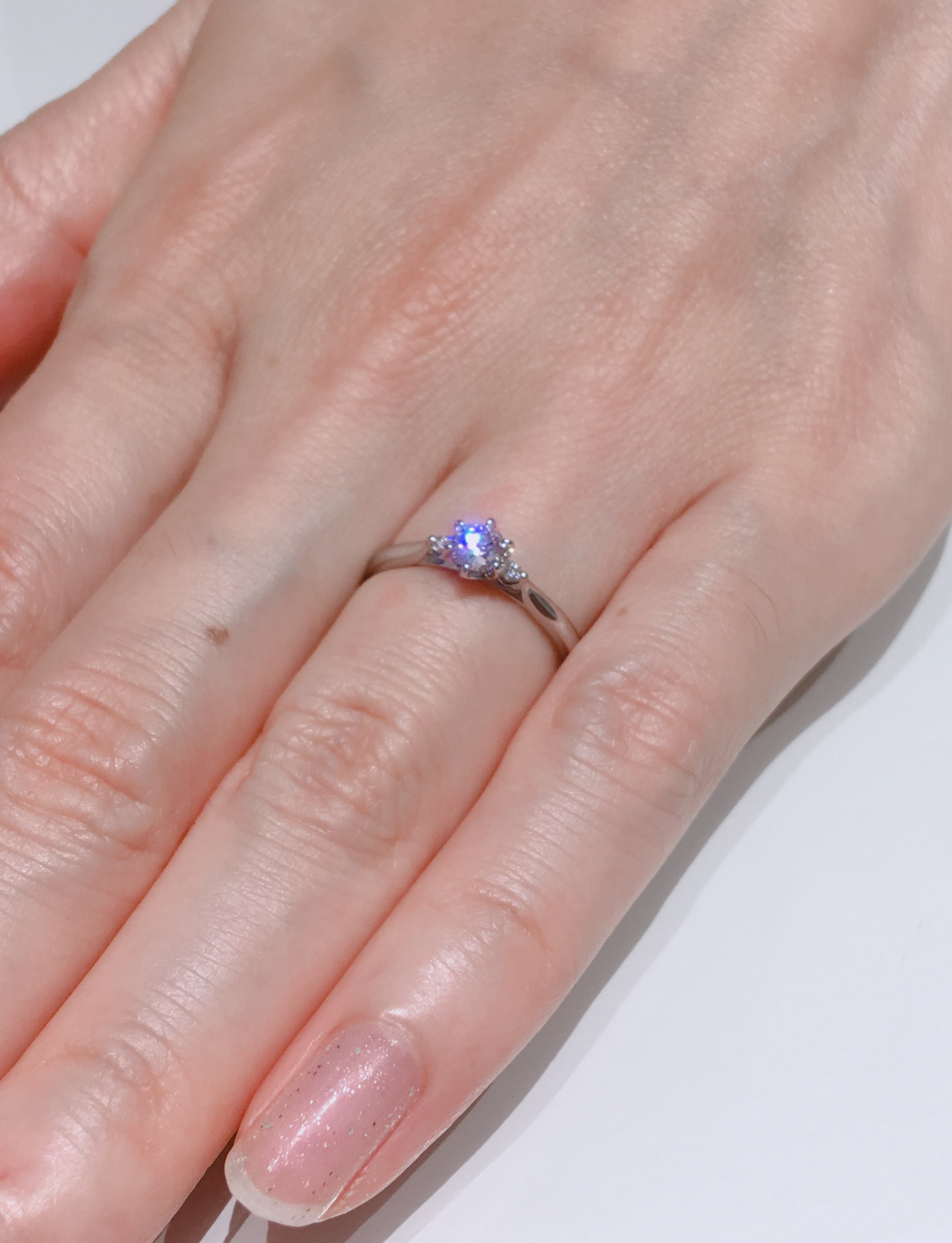 横から見たすずらんの可愛さが決め手/俄・婚約指輪「白鈴」をご成約。新潟市W様・A様