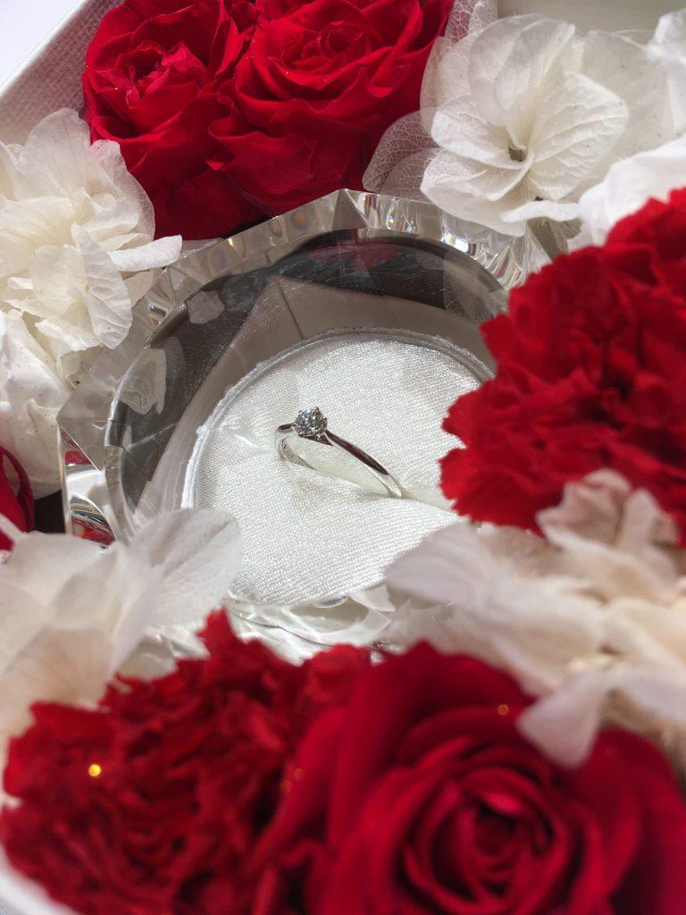 ラザールダイヤモンドの限定婚約指輪