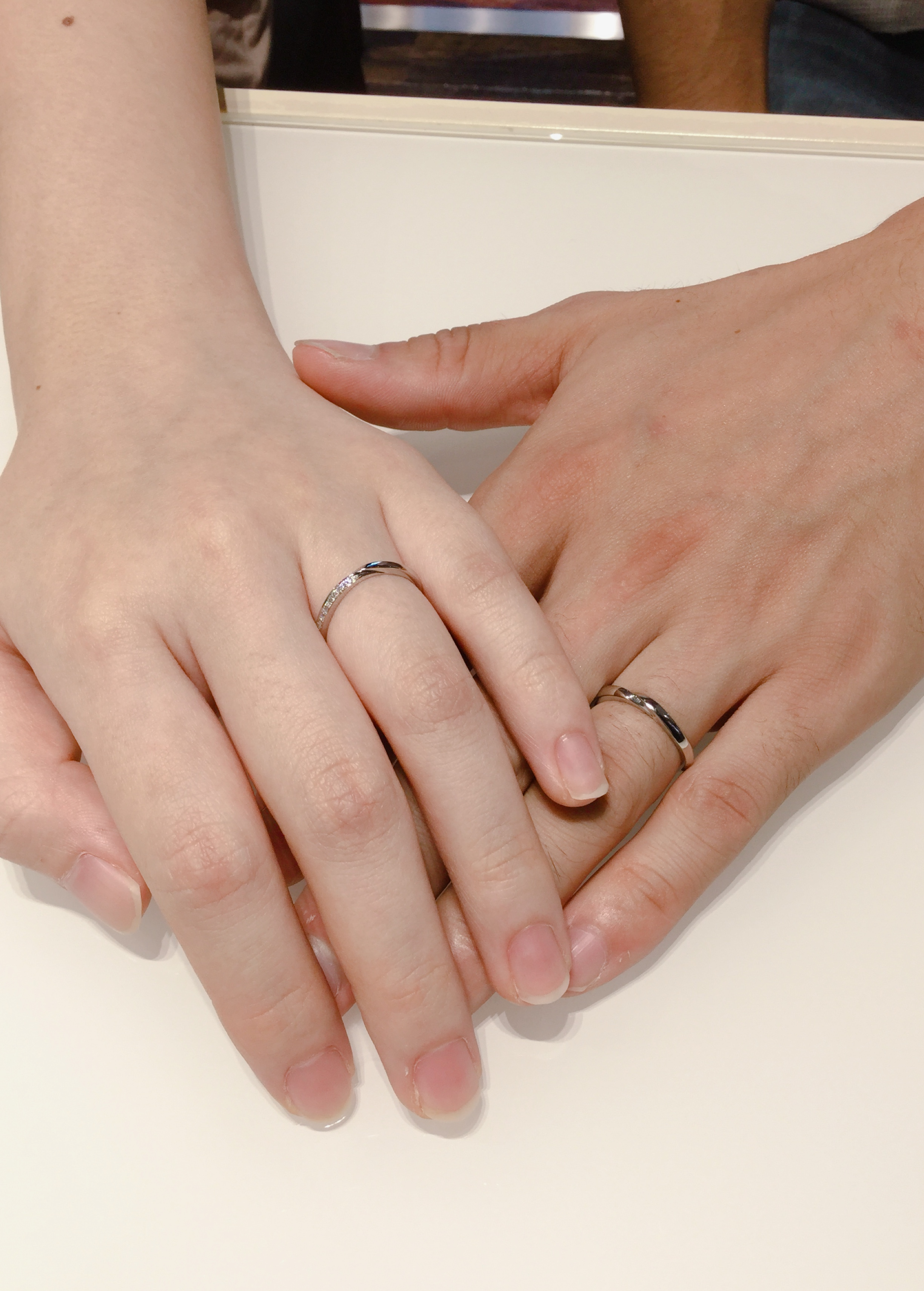 繊細なV字の結婚指輪|俄のせせらぎをご成約 十日町・新潟市Y様・M様