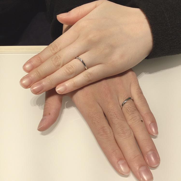 指が綺麗に見える結婚指輪|LUCIE(ルシエ)「リップル」をご成約(三条市/T様・R様)