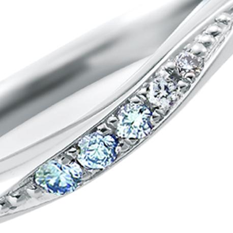 【新潟】ブルーダイヤモンドの結婚指輪|グラデーションの美しいクリアな『アイスブルー』