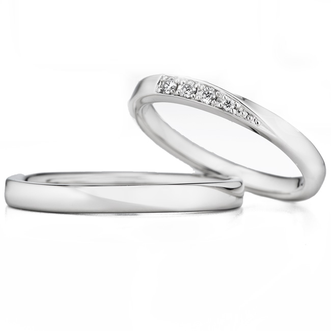 ロイヤル・アッシャーのシンプルな結婚指輪