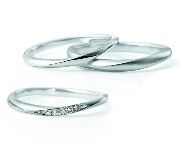 LUCIEの5石の結婚指輪