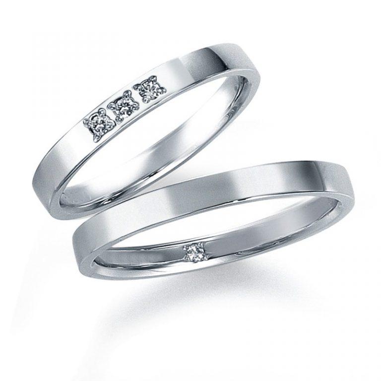 モニッケンダムの3石の結婚指輪