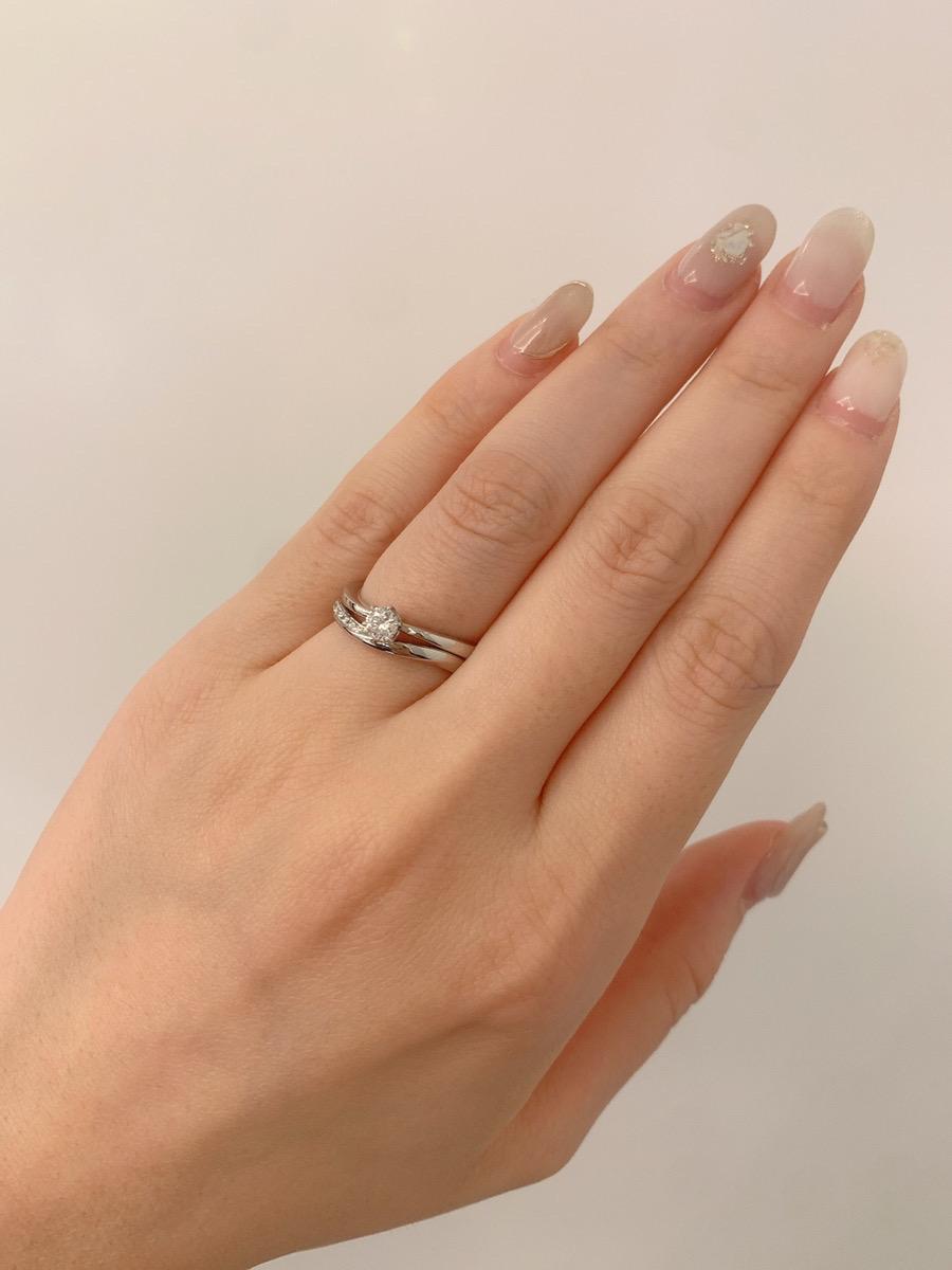 婚約指輪と結婚指輪の重ね付け・重ね着け