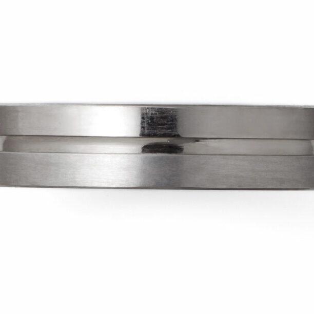 結婚指輪の素材 チタン