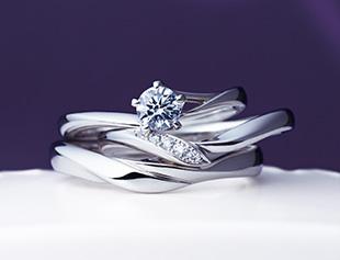 俄 NIWAKA「初桜」婚約指輪と結婚指輪