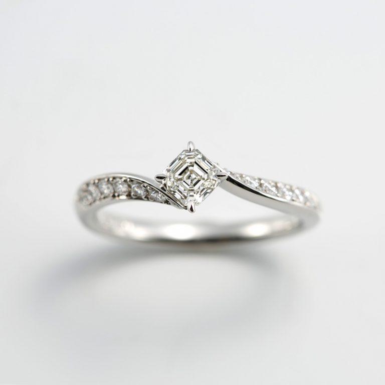 AC012|ロイヤルアッシャー 婚約指輪