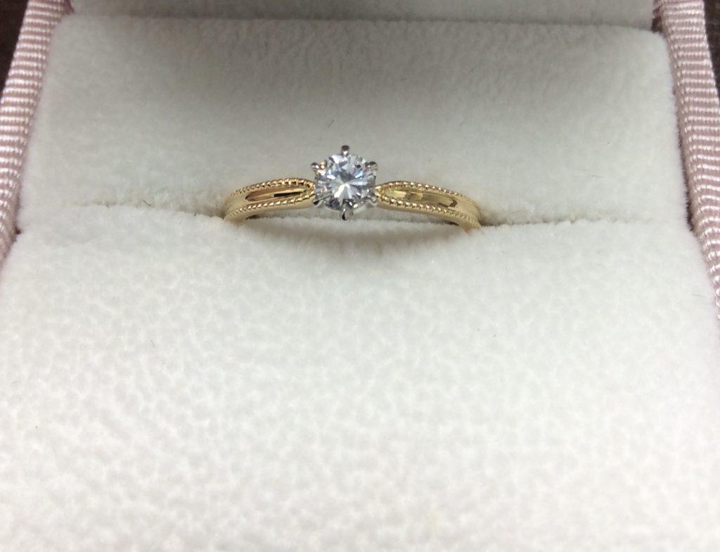 ラブボンド婚約指輪リボンポリッシュアレンジ