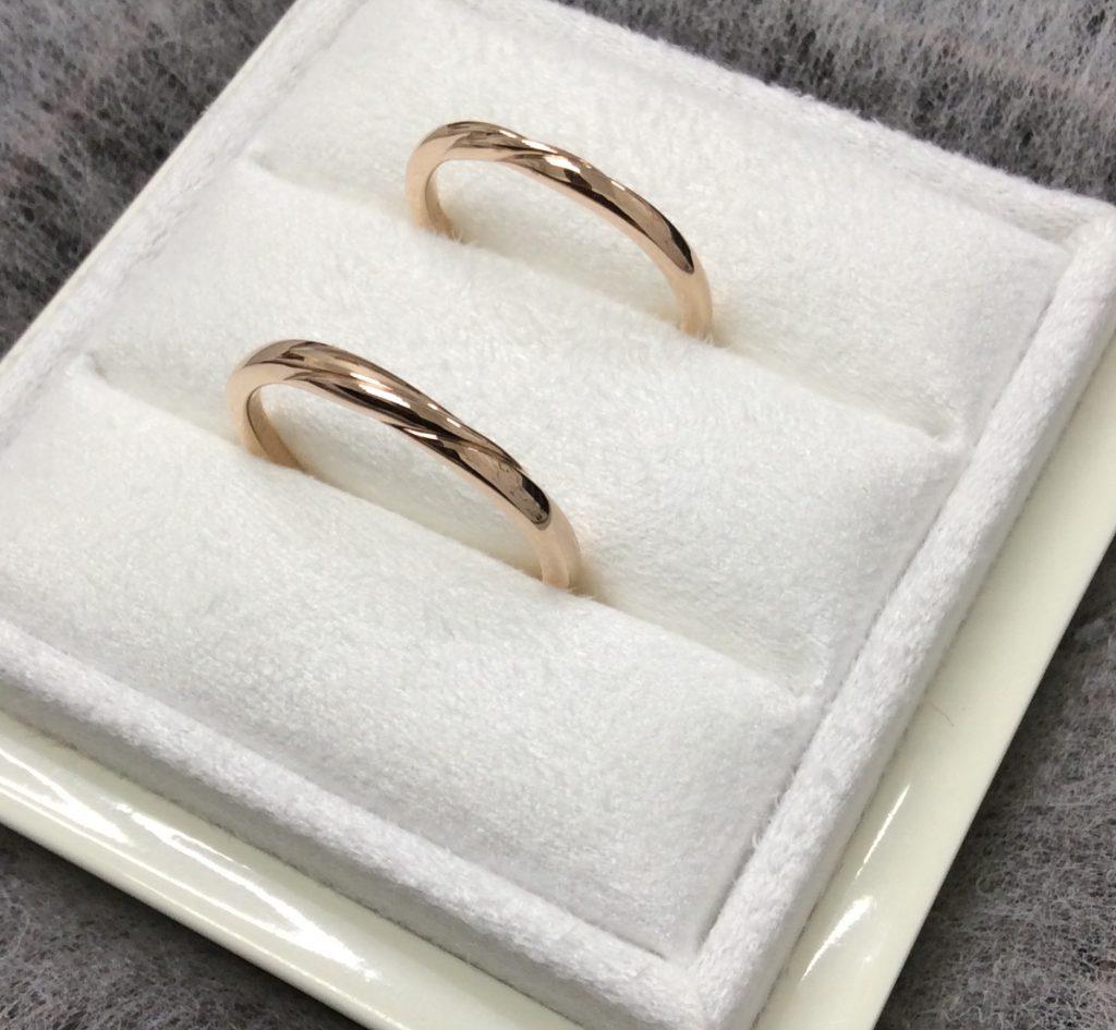 ルシエ結婚指輪リップルダイヤ無しペアPG