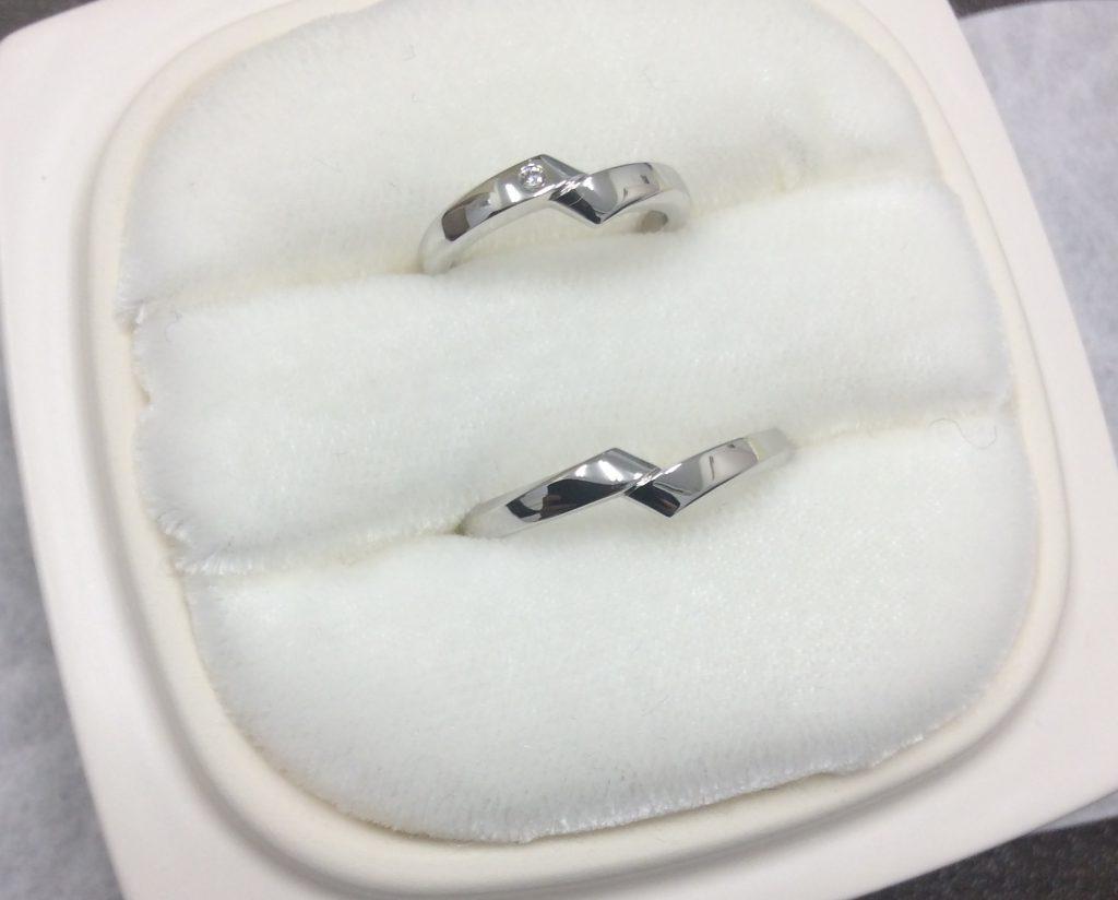 俄結婚指輪「綾」ダイヤ1石アレンジ