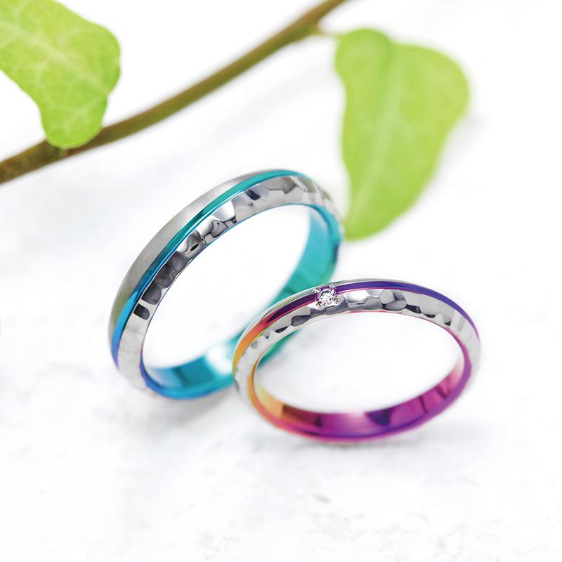 ソラの結婚指輪 カラーの入った結婚指輪