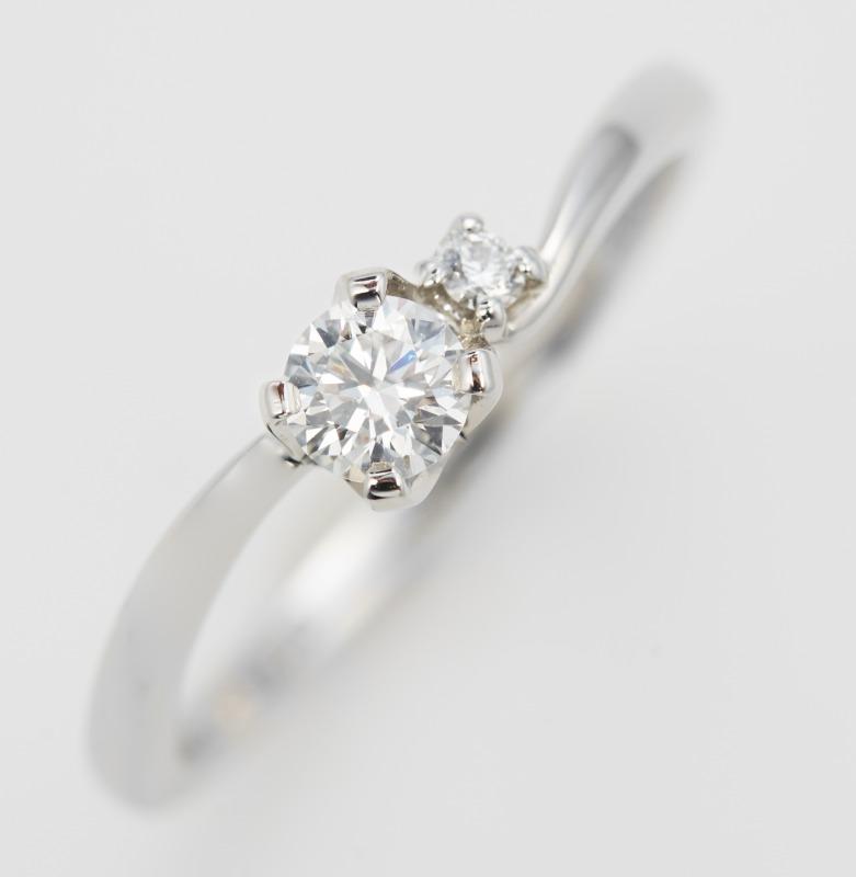 輝き Dテラス 婚約指輪